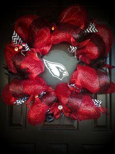 Arizona Cardinals Wreath By-J. Diy Wreath, Burlap Wreath, Sports Wreaths, Sport Craft, Arizona Cardinals, Wreaths For Front Door, Christmas Wreaths, Diy Crafts, Football