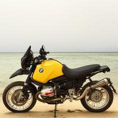 Bmw Motorcycles, Custom Motorcycles, Bmw R1100gs, Custom Bmw, Bmw Scrambler, Bmw Boxer, Bmw Cafe Racer, Red Sea, Cool Bikes