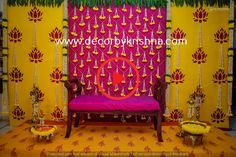 #decorationeventcreative Desi Wedding Decor, Wedding Backdrop Design, Marriage Decoration, Wedding Stage Decorations, Engagement Decorations, Backdrop Decorations, Wedding Mandap, Wedding Scene, Garland Wedding