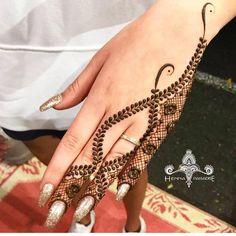Finger Mehendi Designs, Arabic Mehndi Designs, Mehndi Images, Simple Mehndi Designs, Henna Designs, Mehndi Party, Bridal Mehndi, Design Page, Henna Mehndi