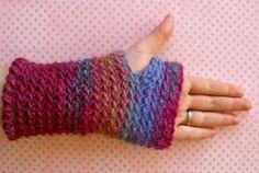 Mitones sin dedos, demasiado sencillos! / Fingerless mittens, way too easy!
