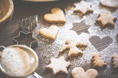 Autentisk Indretning . Livsstil: Hvad får julefreden til langsomt og ærligt, at dal...