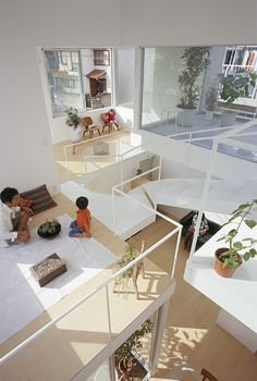 This is a private residential house for a family of four in Nagoya – a young couple and their two small children. The site is located close to a new metro station, in an area that is developing rapidly. As both of the parents work, they wanted to have as much common areas as possible, in order to spend more time together as a family. So I decided to build a one-room house, with a lot of subtle balance between connected and separated area.