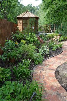 Garden edging ideas landscape traditional with paving bricks garden room