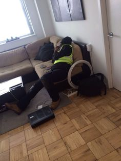 nice So the Time Warner technician just fell asleep on my couch
