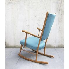 RESTORED vintage rocking chair / NEW UPHOLSTERY / Solid beech wood and new water blue velvet fabrics / Lounge chair / Reading corne Vintage Rocking Chair, Vintage Chairs, Blue Velvet Fabric, Water Blue, 1960s, Restoration, Upholstery, Fabrics, Reading