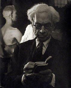 Descarga: Bertrand Russell - Obras  -  Read more: http://bibliotecaignoria.blogspot.com/2013/05/descarga-bertrand-russell-obras.html#ixzz2UiBaQyaB