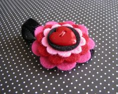 valentine hair clip...I may need this for my baby come February!