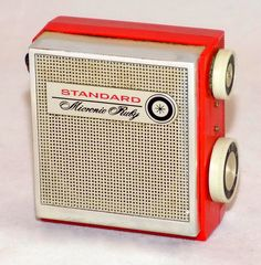 https://flic.kr/p/BFfw9h | Vintage Standard Micronic Ruby Micro Transistor Radio, Model SR-G45, AM Band, 8 Transistors, Made In Japan, Circa 1965