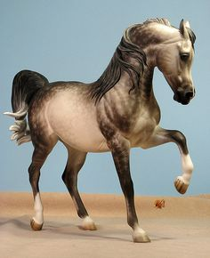 Bint Soraya UNPAINTED Resin Traditional Scale Arabian Horse Sculpture Figurine Kit Blank Unfinished Paint it Yourself Gift