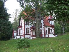 old houses in the woods | 4203980885_fcd4a4443d_z.jpg