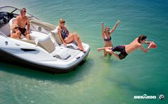 Sea-Doo Boat Models | New 2011 SeaDoo Boats 210 Challenger SE Jet Boat Photos- iboats.com 1