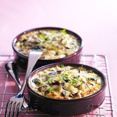 Clafoutis d'aubergine - French translation Vegetable Recipes, Vegetarian Recipes, Cooking Recipes, Healthy Recipes, Food Porn, Eggplant Recipes, Cooking Time, Love Food, Food To Make