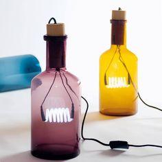 lampade in bottiglia, disegnate da Alessandro Zambelli per Seletti