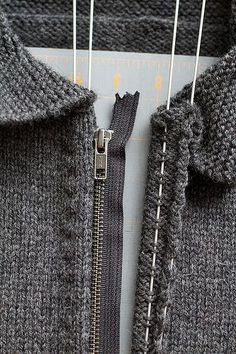 Tutorial: Easiest zipper install for knits by Caro of Splityarn. via