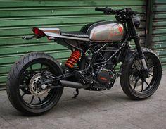 KTM duke 390cc handmade motorcycle metal shaping café Racer