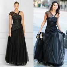 Resultado de imagem para selena gomez black dress