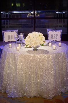 Stylish Sweetheart Table Decorations | Weddings Romantique ...