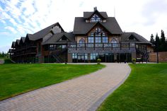 How to spend a summer weekend at Elk Ridge Resorts Elk, Resorts, Canada, Mansions, House Styles, Summer, Home Decor, Moose, Summer Time