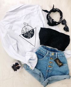 Teen Fashion : Sensible Advice To Becoming More Fashionable Right Now – Designer Fashion Tips Teen Fashion Outfits, Look Fashion, Outfits For Teens, Girl Outfits, Womens Fashion, Fashion Goth, Tween Fashion, Korean Fashion, Girl Fashion
