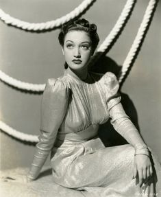 """Dorothy Lamour 1939 """"On the Road to Stardom"""". Hollywood Icons, Golden Age Of Hollywood, Vintage Hollywood, Hollywood Stars, Classic Hollywood, Hollywood Divas, Hollywood Glamour, Dorothy Lamour, Anton"""