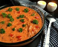 Koteletter i fad med paprika-fløde sauce. Min bedste opskrift på perfekt efterårs- og vintermad der med garanti gør lykke hos alle.
