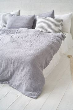 Luxury Bedding On A Budget Bedding Sets Online, Luxury Bedding Sets, Linen Duvet, Linen Pillows, Bed Linens, Gray Bedspread, Matching Bedding And Curtains, Luxury Bedding Collections, House Beds