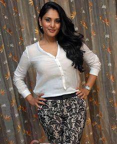 Most Beautiful Bollywood Actress, Indian Bollywood Actress, Beautiful Actresses, Indian Actress Hot Pics, South Indian Actress, Indian Actresses, Beauty Full Girl, Beauty Women, Katrina Kaif Dresses