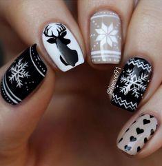 Deer an doodles nail art design, winter nail art design,winter nail polish,Doodles Collection Nail Art,winter nail color ideas,winter nail art design