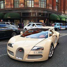 Bugatti Veyron Grand Sport by @superclasscars #cars #bugatti #veyron #beautiful #swag #cool #amazing #exoticcar #dreamcars #supercar #sportscar #luxury #ferrari #lamborghini #mclaren #porsche #koenigsegg #pagani #rollsroyce #mercedes #instadaily #instacars #instaauto #picoftheday #bestoftheday #tagsforlikes #likesforlikes #followforfollow