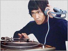 Bruce DJ.