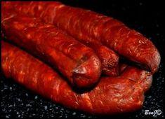 Domáca údená klobása (fotorecept) - obrázok 4 Smoker Recipes, Pork Recipes, How To Make Sausage, Sausage Making, Candied Bacon, Beef Jerky, Smoking Meat, Sausage Recipes, Food 52