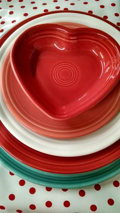 (in store photo) We love Fiestaware and making beautiful tablescapes with our favorite colors. #fiestaware #tesskitchenstore Scarlet, Flamingo, White and Turquoise @fiestadishes