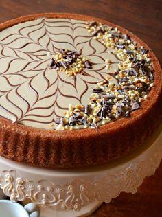 Dolci a go go: torte decorate Fancy Desserts, Italian Desserts, Vegan Desserts, Baking Recipes, Cake Recipes, Dessert Recipes, Nutella, Pie Decoration, Modern Cakes