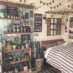 too much stuff - what i don't want Decor, Cozy House, Room Interior, House Rooms, House Inspiration, Room Inspiration, Home Deco, Bedroom Decor, Aesthetic Rooms