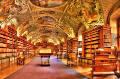 Risultato della ricerca immagini di Google per http://www.imgbase.info/images/safe-wallpapers/photography/indoor/21426_indoor_old_library.jpg