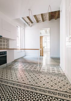 Tiles Serie - Qubba Arquitectes - Renovation to century apartment, Barcelona Source by [post_tags Interior, Floor Design, Home, Interior Architecture, Home Remodeling, Luxury Homes Interior, House Interior, Flooring, Renovations