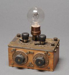 Récepteur de radiodiffusion à lampes Microdion Inv. 21554 Horace Humm 1921