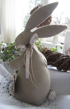 Decor Crafts, Diy And Crafts, Easter Tree Decorations, Christmas Crafts, Christmas Holidays, Bunny Crafts, Easy Sewing Patterns, Spring Crafts, Easter Bunny