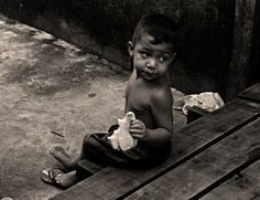 https://flic.kr/p/vuR4UC | Street Photography. Barca Village. Vila da Barca. Fotografia de Rua. Photographer: Luxã Nautilho. Belém, Pará, Brasil | Street Photography. Barca Village. Vila da Barca. Fotografia de Rua. Photographer: Luxã Nautilho. Belém, Pará, Brasil