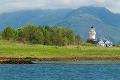 Foto de Isleornsay na Ilha de Skye, na Escócia.  Parte da Grã-Bretanha Express Travel and Heritage Library Imagem, coleção Escócia.
