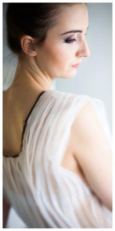 Top design LINA. Photos Magic Hour Video. Model Barbora Gajdošová. Make Up Karolina Pacholarz. Stylist LINA.