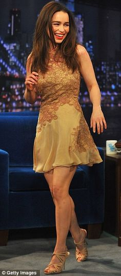 Emilia Clarke In Versace – Late Night With Jimmy Fallon 2013