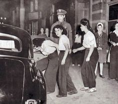 Pachuca zoot suiters caught up in the Zoot Suit Riots of 1943 when white servicemen attacked Mexican-American zoot suiters throughout LA.