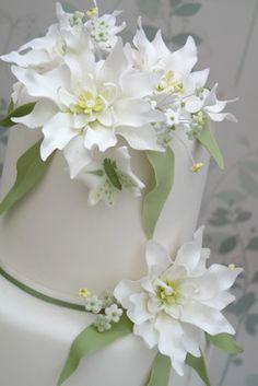 Rachelles Beautiful Bespoke Cakes, white wedding cake