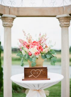 A Midwest vineyard wedding with a glam pink, gold and navy palette and peonies galore. 2015 Wedding Trends, Wedding 2015, Wedding Ideas, Wedding Ceremony Flowers, Floral Wedding, Gold Wedding, Wedding Bells, Wedding Colors, Rustic Wedding