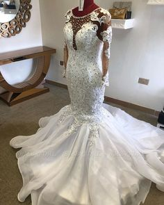 BMbridal Chic Jewel Mermaid Longsleeves Wedding Dresses White Lace Bridal Gowns With Appliques On Sale | BmBridal