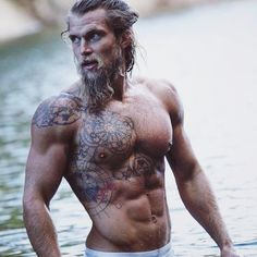 Find this Beared Bad Boy and many more over @beardedbadboys on Instagram