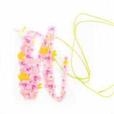 DIY Floral Monogrammed Tags - Maritza Lisa. Cick through to create your own floral monogrammed tags
