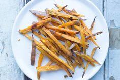 Op zoek naar een lekker recept voor zoete aardappelfrietjes? Kijk dan gauw verder!
